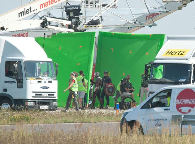 CAPTAIN AMERICA CIVIL WAR  - Page 2 Captain_america_civil_war_fin_de_tournage