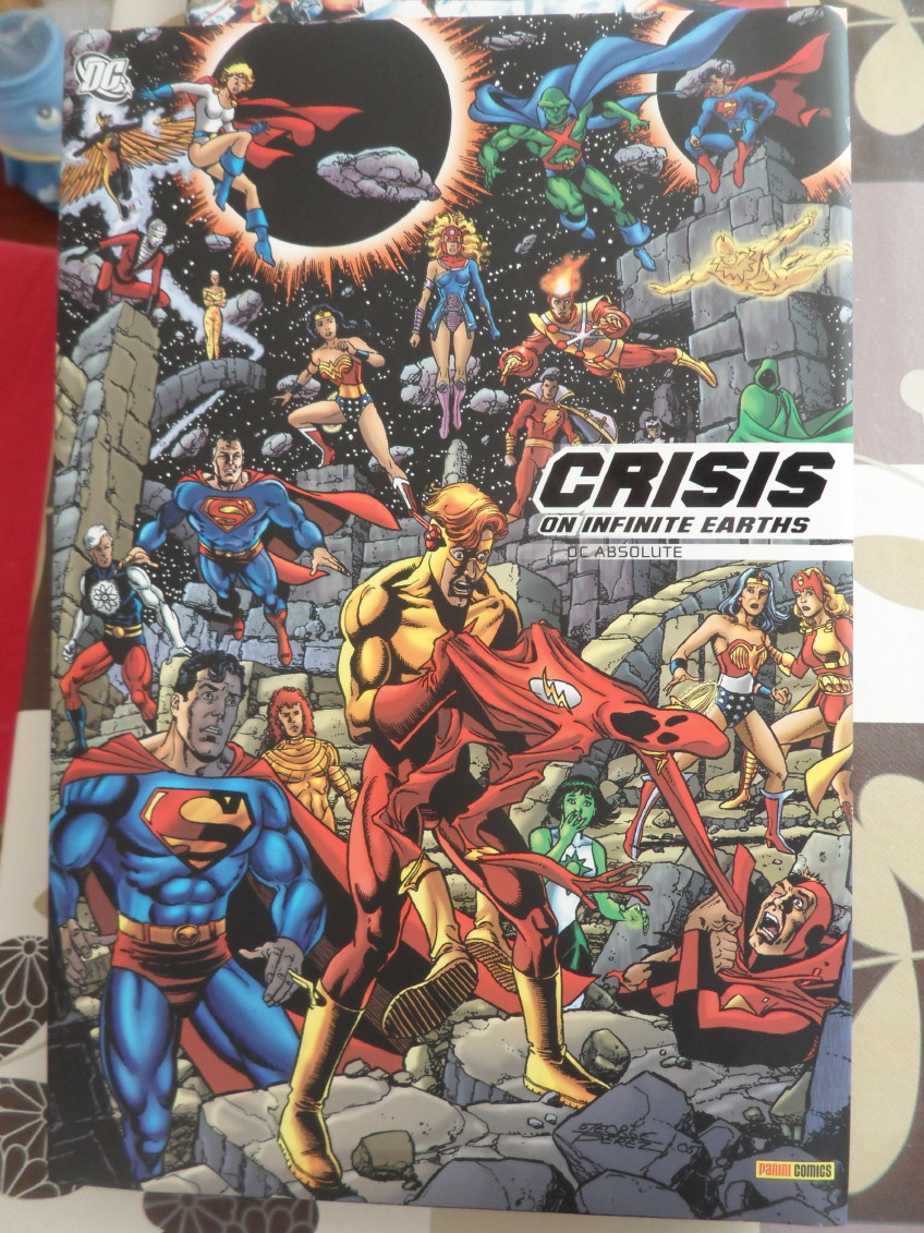 GREEN GALLERY - Page 2 Crisis_on_infinite_earths_2