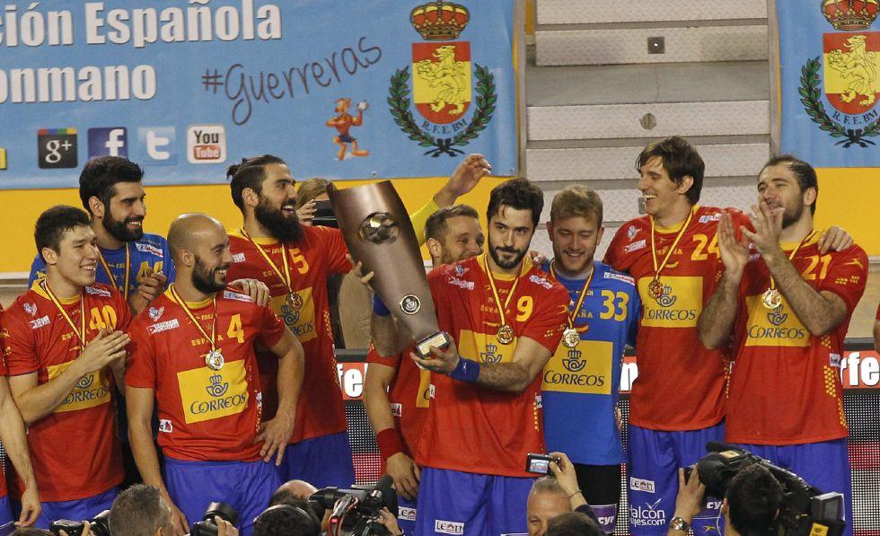 Selección masculina Balonmano 2015 1420989709_385705_1420993192_noticia_grande