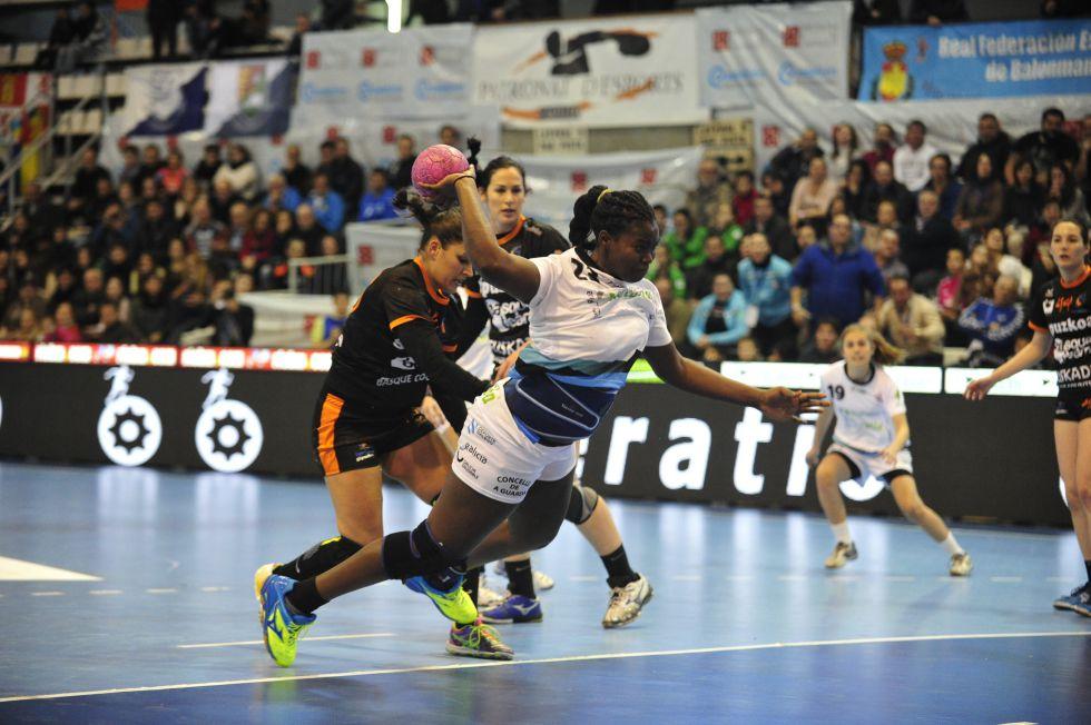 Liga Femenina balonmano 2015 1432826131_040871_1432826385_noticia_grande