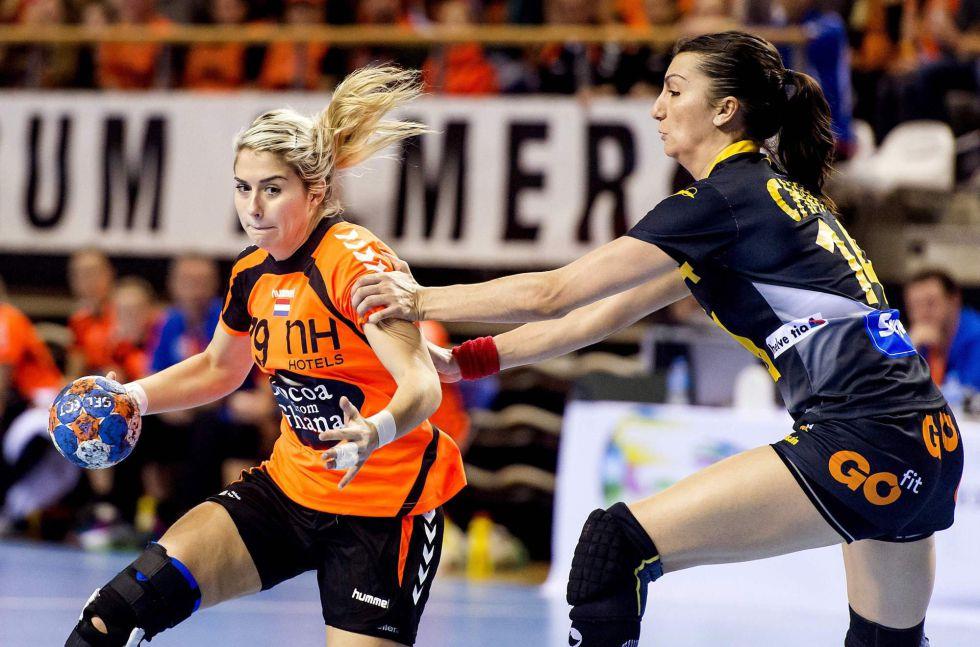 Selección femenina Balonmano 2016 1457726306_891090_1457726430_noticia_grande