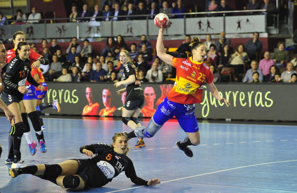 Selección femenina Balonmano 2016 1458154996_305261_1458155090_noticia_grande