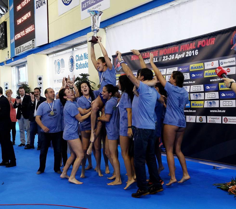 Waterpolo femenino 2016 - Página 2 1461519714_458348_1461519791_noticia_grande