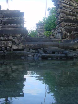 Nan Madol ~  Mystery 'haunted' city in the middle of the sea Nan_madol