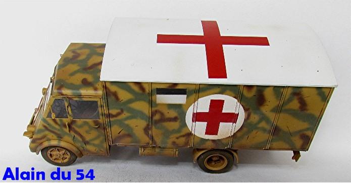 LastKraftWagen 3.5 T Ahn Ambulance Truck 1/35 ICM shelter sanitaire FINI - Page 2 AIMG_3429