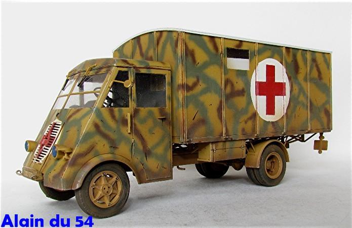 LastKraftWagen 3.5 T Ahn Ambulance Truck 1/35 ICM shelter sanitaire FINI - Page 2 AIMG_3440