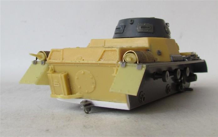Panzer I Ausf A 1/35 Conversion base Azimut/ADV + boîte à rabiot. FINI IMG_3016