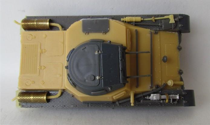Panzer I Ausf A 1/35 Conversion base Azimut/ADV + boîte à rabiot. FINI IMG_3017