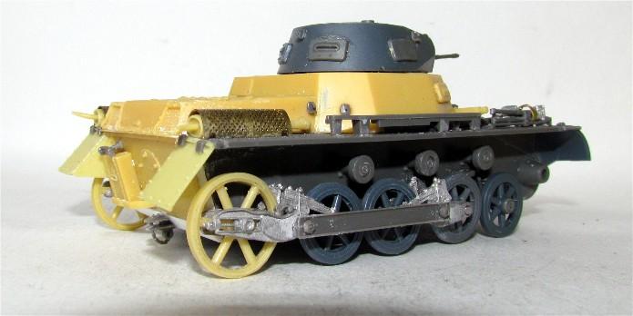 Panzer I Ausf A 1/35 Conversion base Azimut/ADV + boîte à rabiot. FINI IMG_3029