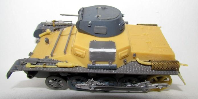 Panzer I Ausf A 1/35 Conversion base Azimut/ADV + boîte à rabiot. FINI IMG_3032