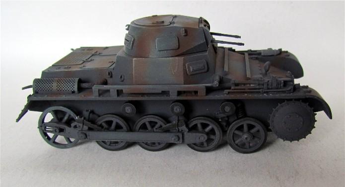 Panzer I Ausf A 1/35 Conversion base Azimut/ADV + boîte à rabiot. FINI IMG_3173