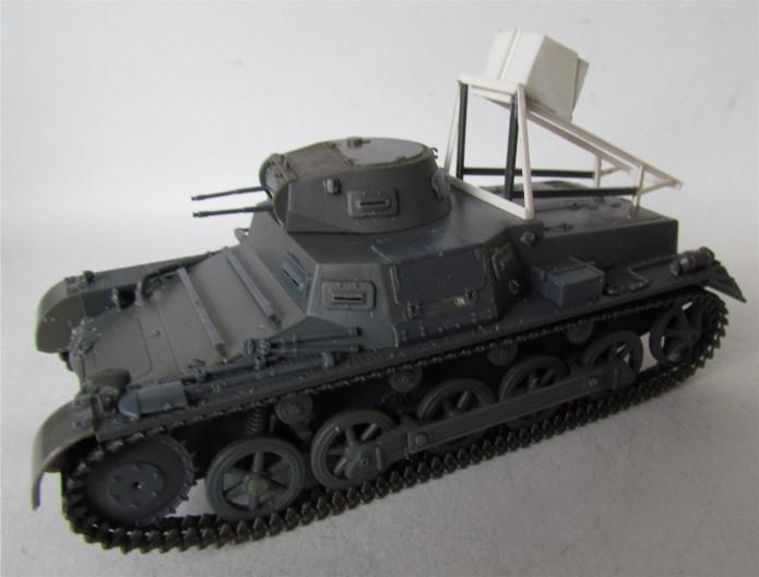 Ladungsleger auf Panzerkampfwagen I Ausf  B  1/35 Italeri et scratch FINI IMG_3043