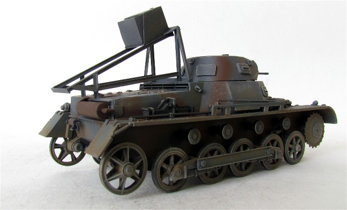 Ladungsleger auf Panzerkampfwagen I Ausf  B  1/35 Italeri et scratch FINI IMG_3165