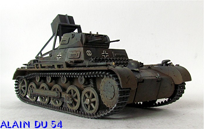 Ladungsleger auf Panzerkampfwagen I Ausf  B  1/35 Italeri et scratch FINI A_3224