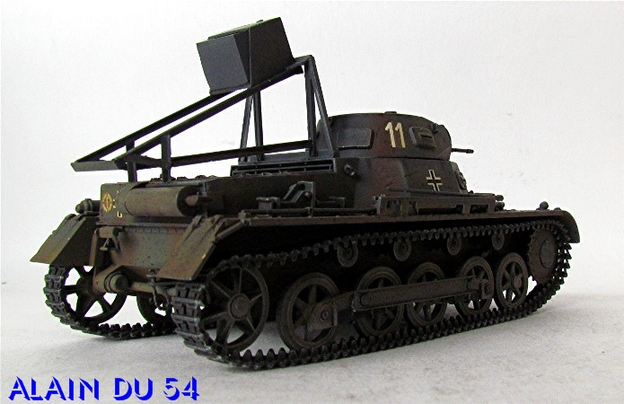 Ladungsleger auf Panzerkampfwagen I Ausf  B  1/35 Italeri et scratch FINI A_3227