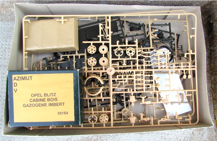 Opel Blitz cabine bois shelter transmissions 1/35 Boîte à rabiot camo trois tons/hiver FINI IMG_1202