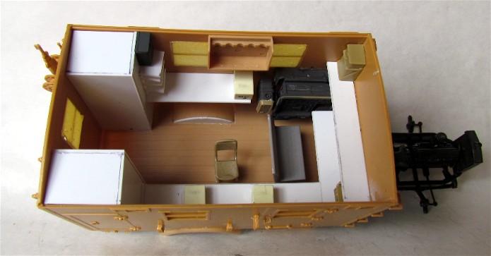 Opel Blitz cabine bois shelter transmissions 1/35 Boîte à rabiot camo trois tons/hiver FINI IMG_1512