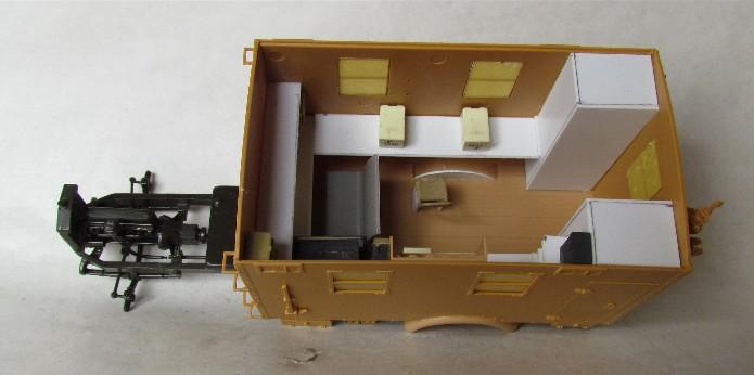 Opel Blitz cabine bois shelter transmissions 1/35 Boîte à rabiot camo trois tons/hiver FINI IMG_1517