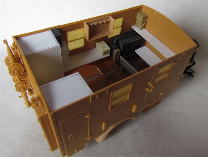 Opel Blitz cabine bois shelter transmissions 1/35 Boîte à rabiot camo trois tons/hiver FINI IMG_1520