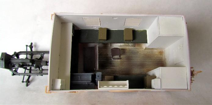 Opel Blitz cabine bois shelter transmissions 1/35 Boîte à rabiot camo trois tons/hiver FINI - Page 2 IMG_1556