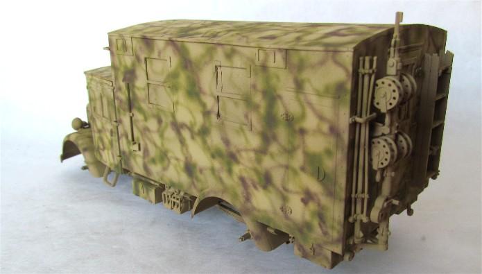 Opel Blitz cabine bois shelter transmissions 1/35 Boîte à rabiot camo trois tons/hiver FINI - Page 2 IMG_1646