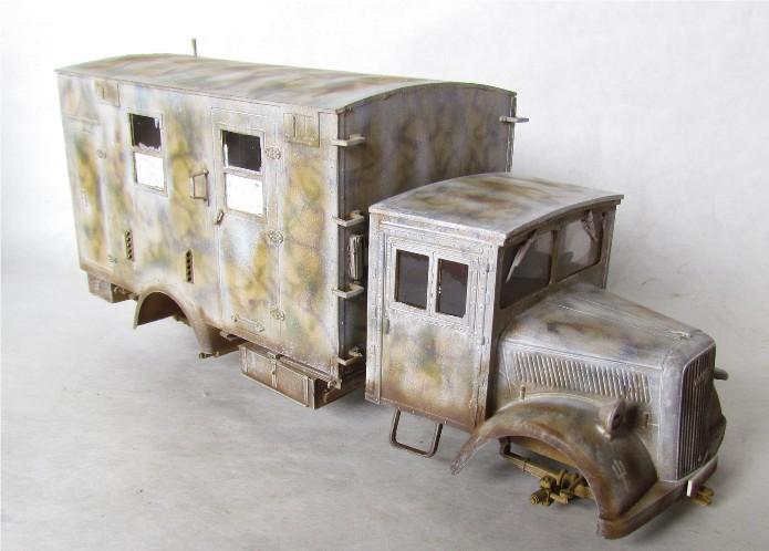 Opel Blitz cabine bois shelter transmissions 1/35 Boîte à rabiot camo trois tons/hiver FINI - Page 3 IMG_1659