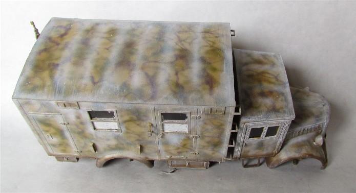 Opel Blitz cabine bois shelter transmissions 1/35 Boîte à rabiot camo trois tons/hiver FINI - Page 3 IMG_1660