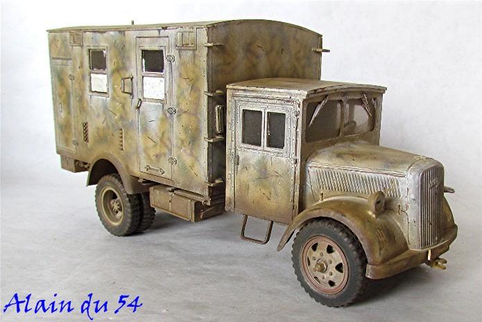 Opel Blitz cabine bois shelter transmissions 1/35 Boîte à rabiot camo trois tons/hiver FINI - Page 3 Sm_1664
