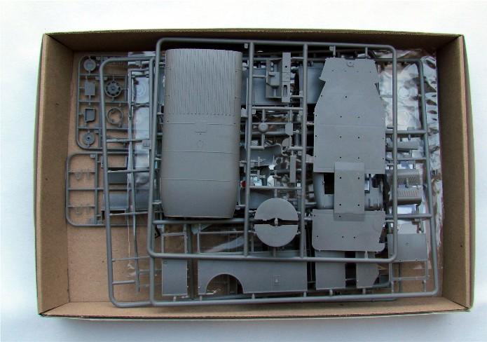 Opel 3.6-47 Omnibus  1/35 Roden  FINI IMG_1013
