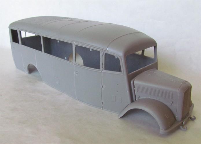 Opel 3.6-47 Omnibus  1/35 Roden  FINI IMG_1094