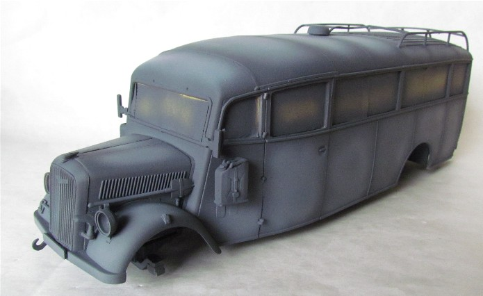 Opel 3.6-47 Omnibus  1/35 Roden  FINI - Page 2 IMG_1099