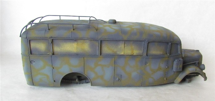 Opel 3.6-47 Omnibus  1/35 Roden  FINI - Page 2 IMG_1102