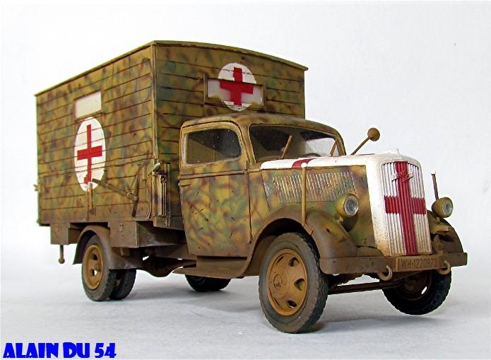 Typ 2,5-32 Shelter ambulance truck 1/35 ICM  FINI - Page 2 SM_2628