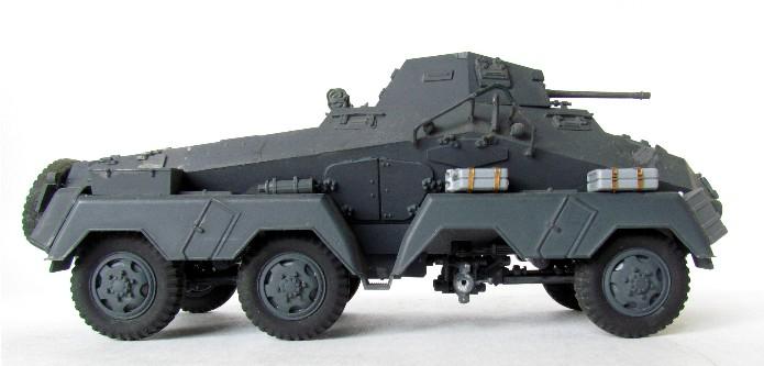 Sd.Kfz 231 (8 rads) Schwerer Panzerspähwagen 1/35 Tamiya ou l'art de faire du neuf avec du vieux FINI IMG_0180