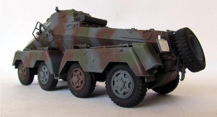 Sd.Kfz 231 (8 rads) Schwerer Panzerspähwagen 1/35 Tamiya ou l'art de faire du neuf avec du vieux FINI IMG_0198