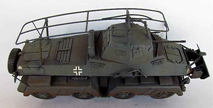 Sd.Kfz 232 (8 rads) Schwerer Panzerspähwagen 1/35 Tamiya FINI IMG_0207