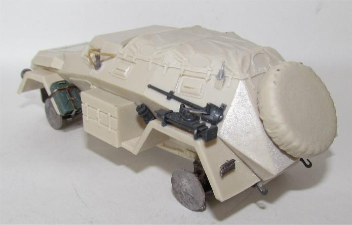 Sd.Kfz 247 1/35 Sovereign 2000  FINI IMG_2714
