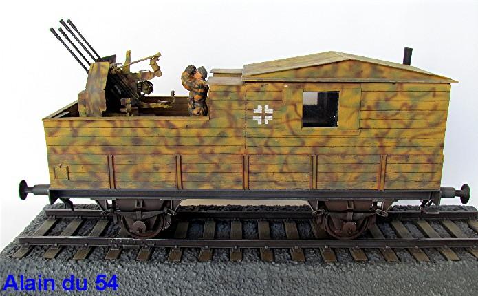 Plateforme ferroviaire allemande équipée de 1 Flak Vierling 20 mm - 1/35 - Ironside, Trumpeter et scratch IMG_2223