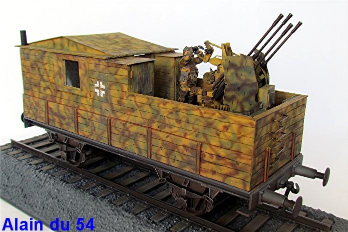 Plateforme ferroviaire allemande équipée de 1 Flak Vierling 20 mm - 1/35 - Ironside, Trumpeter et scratch IMG_2225