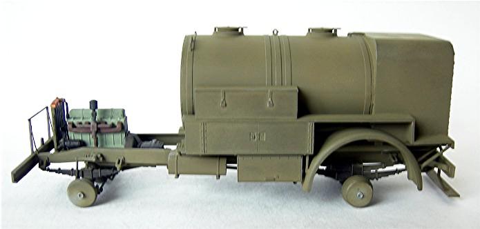 CHEVROLET C60S Petrol tank N°13 Cab & N°12 Cab version 1/35 IBG Models FINI - Page 2 DSCN0852
