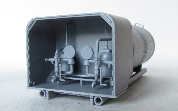 CHEVROLET C60S Petrol tank N°13 Cab & N°12 Cab version 1/35 IBG Models FINI IMG_3319