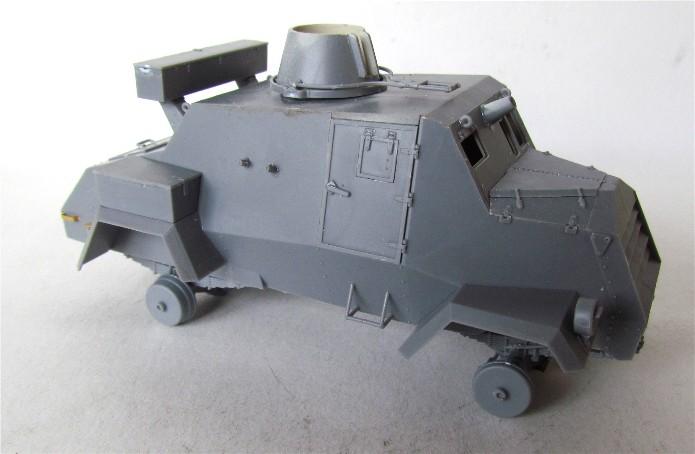 OTTER Light Reconnaissance Car 1/35 IBG Models FINI - Page 2 IMG_2931
