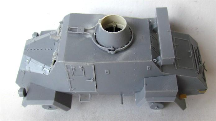 OTTER Light Reconnaissance Car 1/35 IBG Models FINI - Page 2 IMG_2934