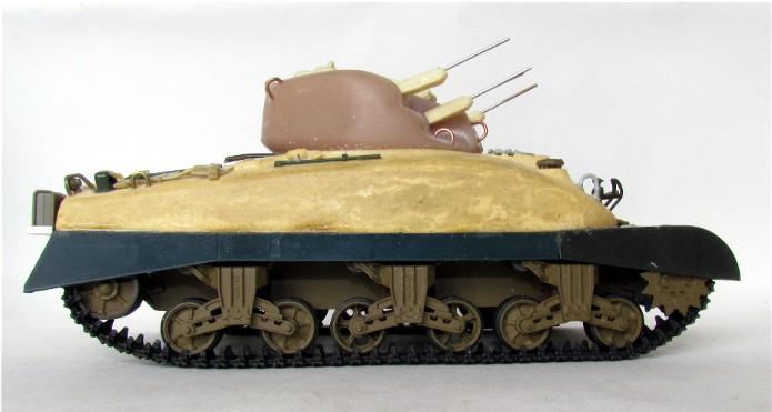 SKINK Canadian Tank AA Production Résine Model 1/35 FINI IMG_0060