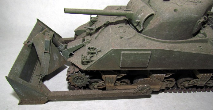 Sherman M4A3 ex dozer ( italeri, academy, eduard ) au 1/35eme IMG_1561