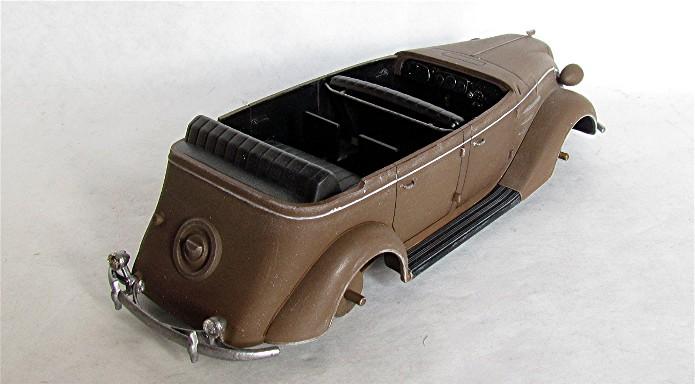 Toyota model AB Phaeton 1/35 Tamiya FINI 004
