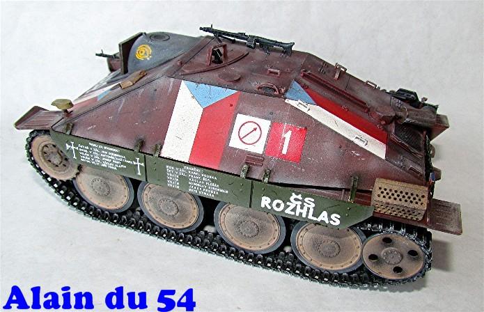 Jagdpanzer 38(t) Hetzer Prague 1945 academy 1/35 FINI - Page 2 A008