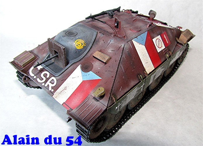 Jagdpanzer 38(t) Hetzer Prague 1945 academy 1/35 FINI - Page 2 A009