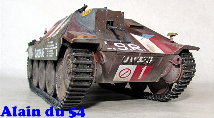 Jagdpanzer 38(t) Hetzer Prague 1945 academy 1/35 FINI - Page 2 A025