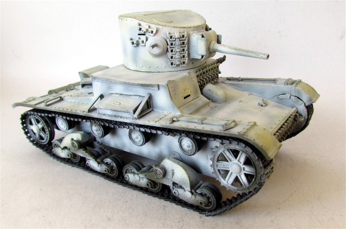 T-26/BT-2  mix Zvesda/Tom/RPM 1/35 FINI - Page 2 IMG_2980